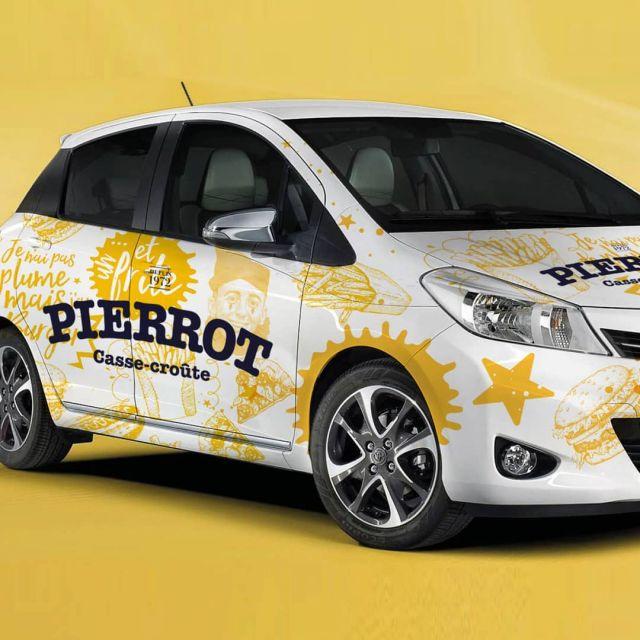 Attention! Ceci n'est pas votre voiture typique de livraison, mais nous n'avons pas pu nous empêcher d'éclater au maximum la plateforme graphique du Casse-croûte Pierrot!